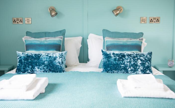 Blue Roomv2